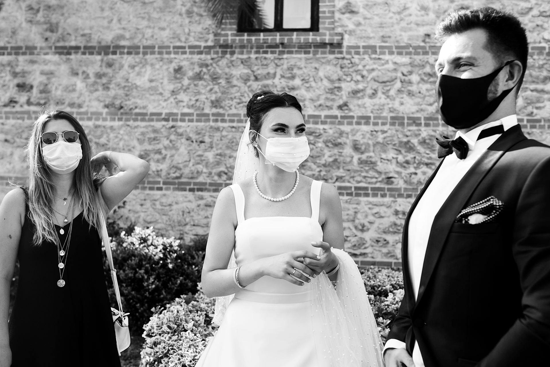 Registration Photo - Civil Marriage in Turkey Wedding Photo - Municipality Belediye | the bride and groom were covered behind masks due to the pandemic