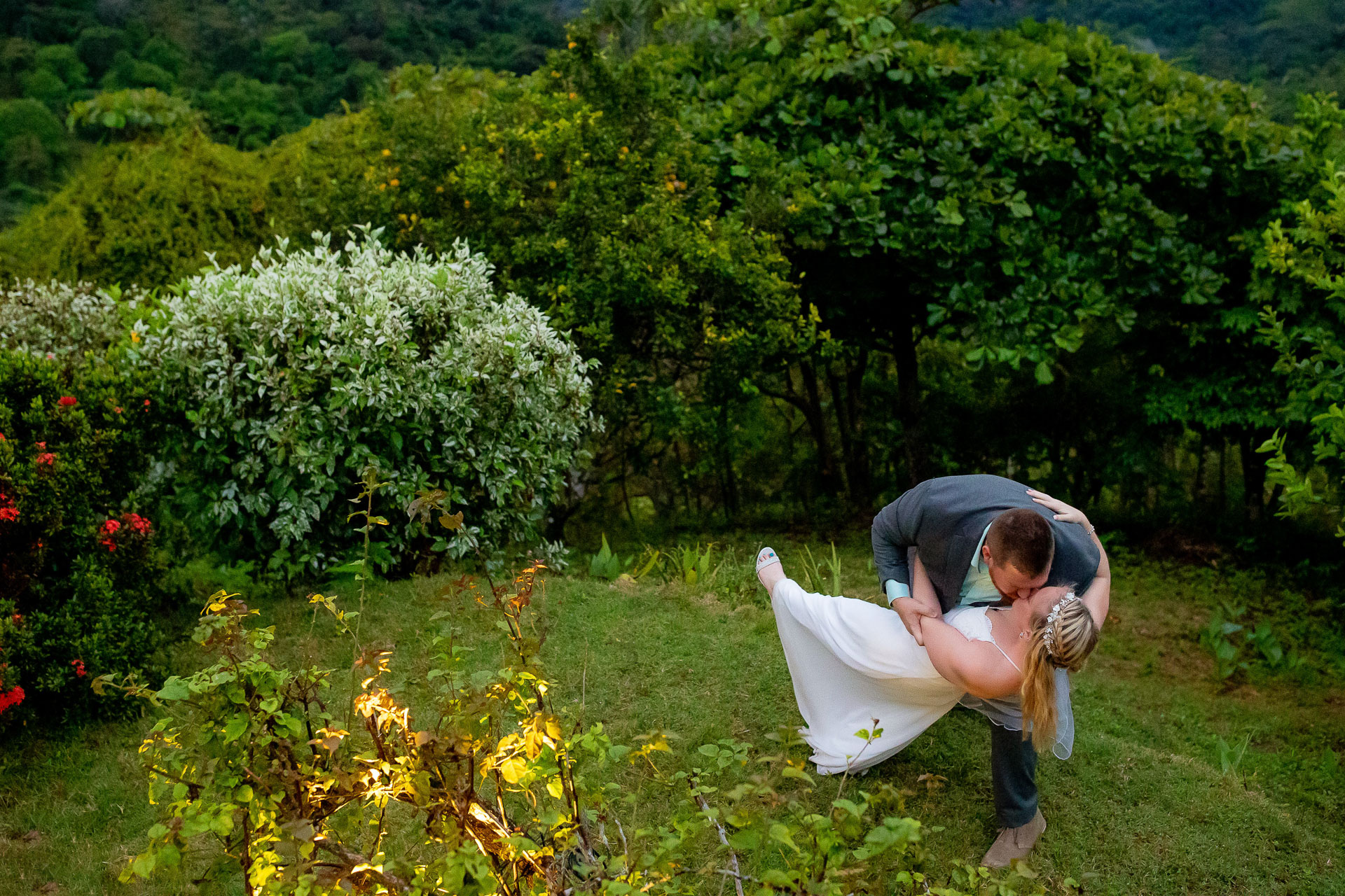 Costa Rica Elopement Couple Photos | dancing on the lawn