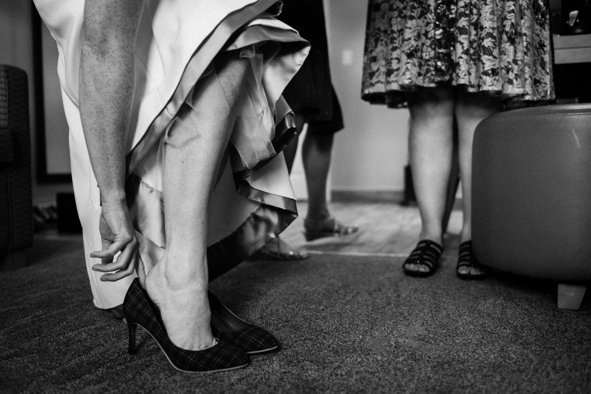 Homewood Suites by Hilton Ottawa Kanata Wedding Photos | When it's time to leave the hotel suite for the ceremony, the bride grows nervous