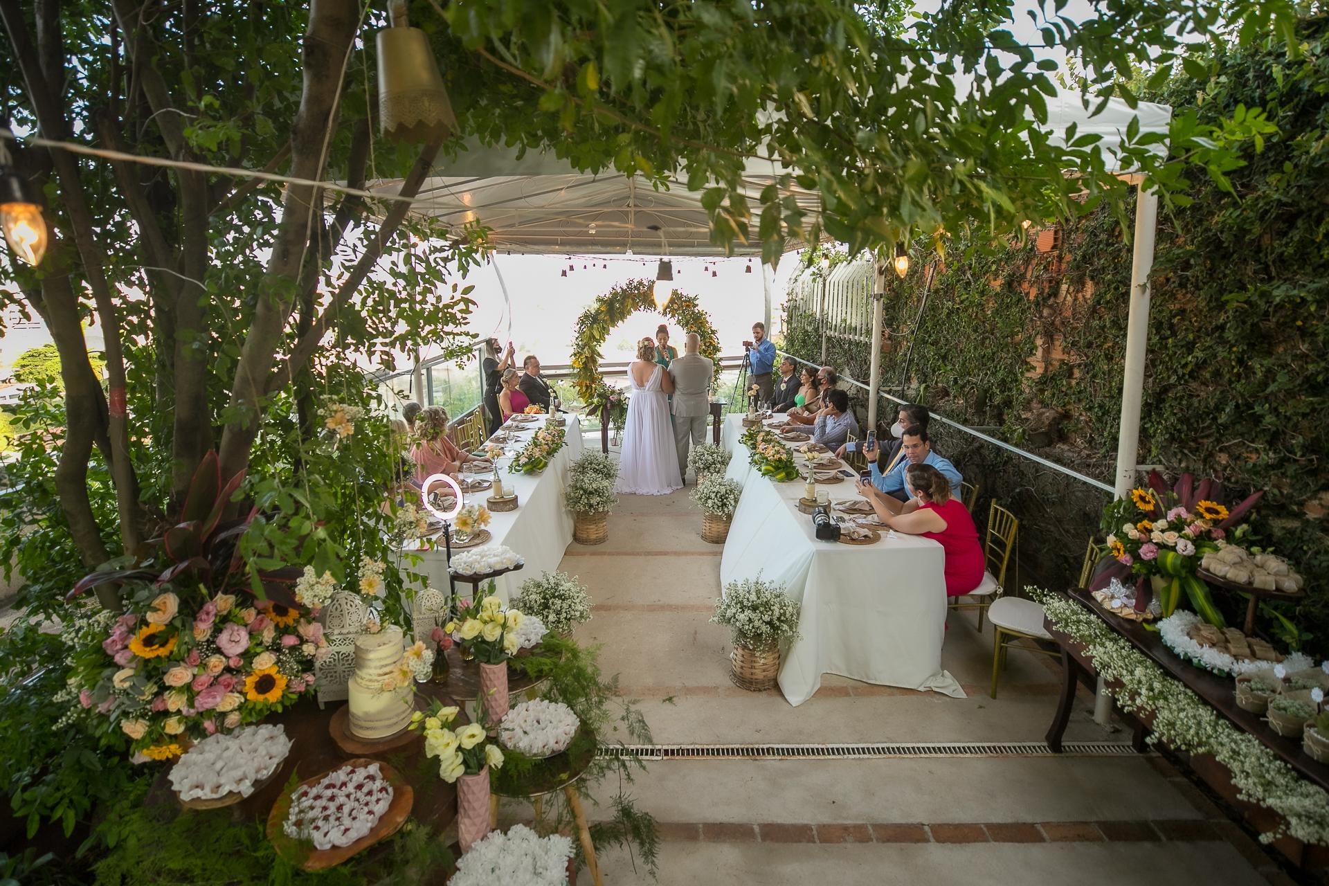 Photographie de mariage au Brésil | La cérémonie intime et la réception