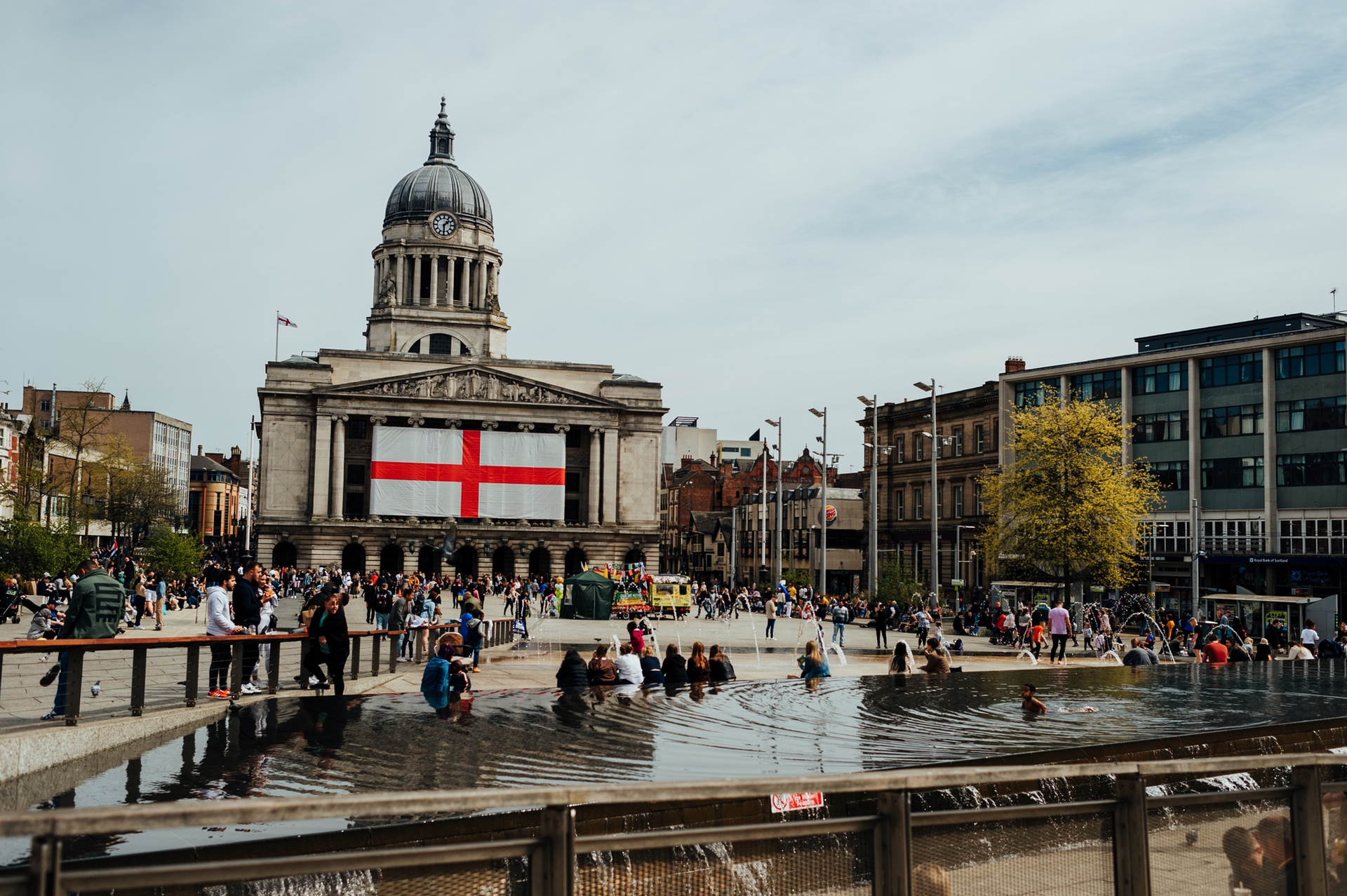 Nottingham Council House Wedding Photos | right in the heart of the city