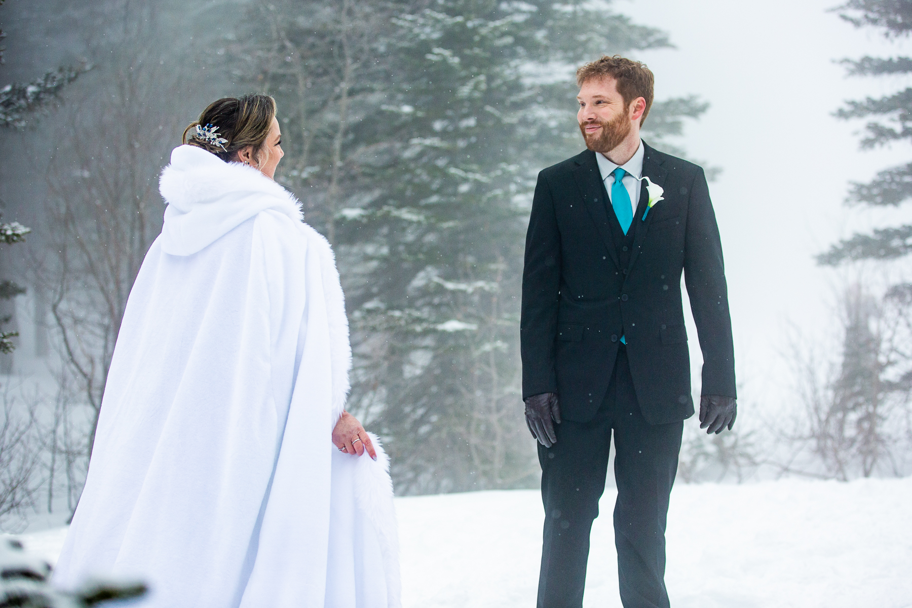 Estes Park Winter Wedding - Rocky Mountain National Park Pictures    the groom gets to see his bride