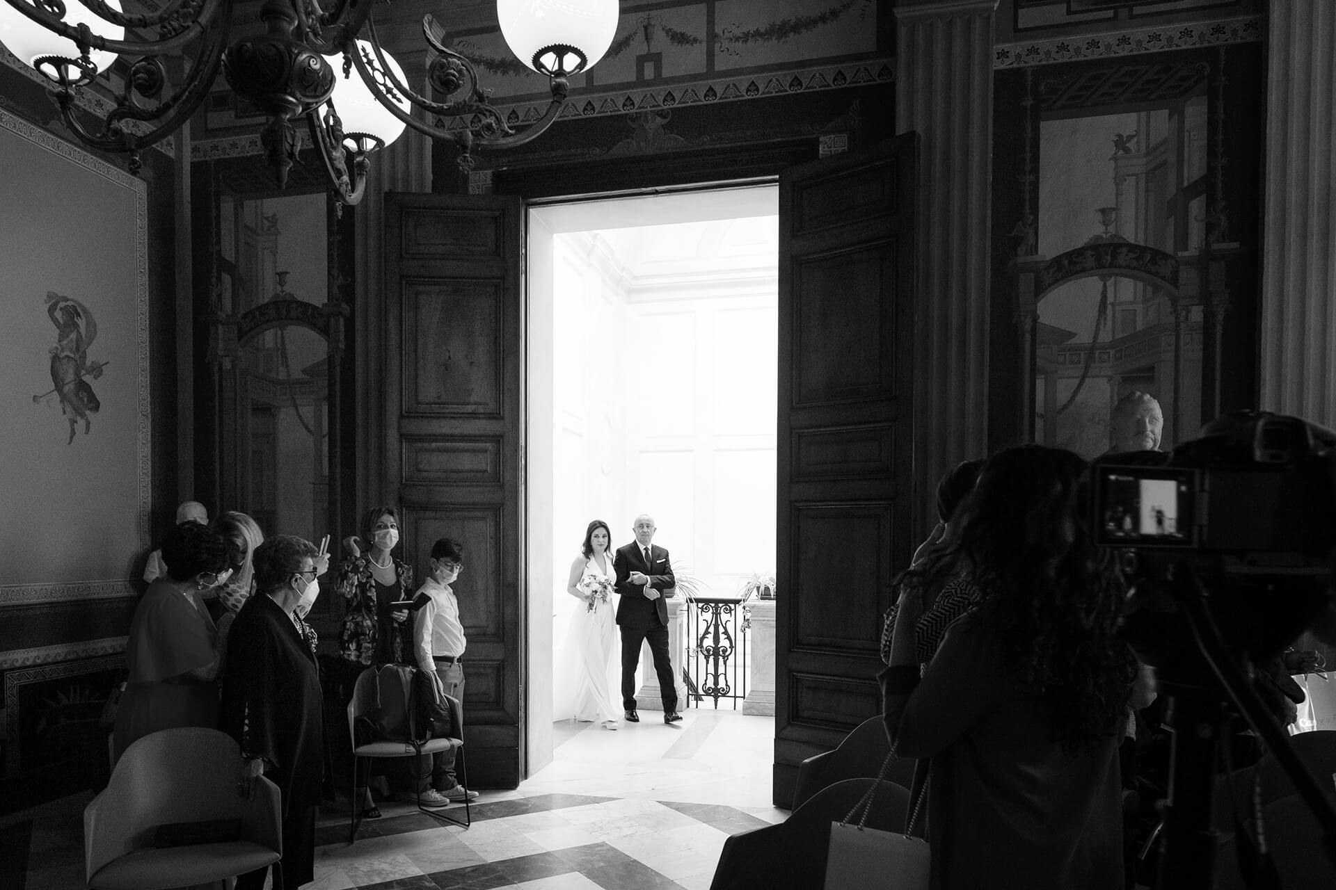 The Best Italy Wedding Photographers | All standing for the bride's entrance in the civil wedding hall