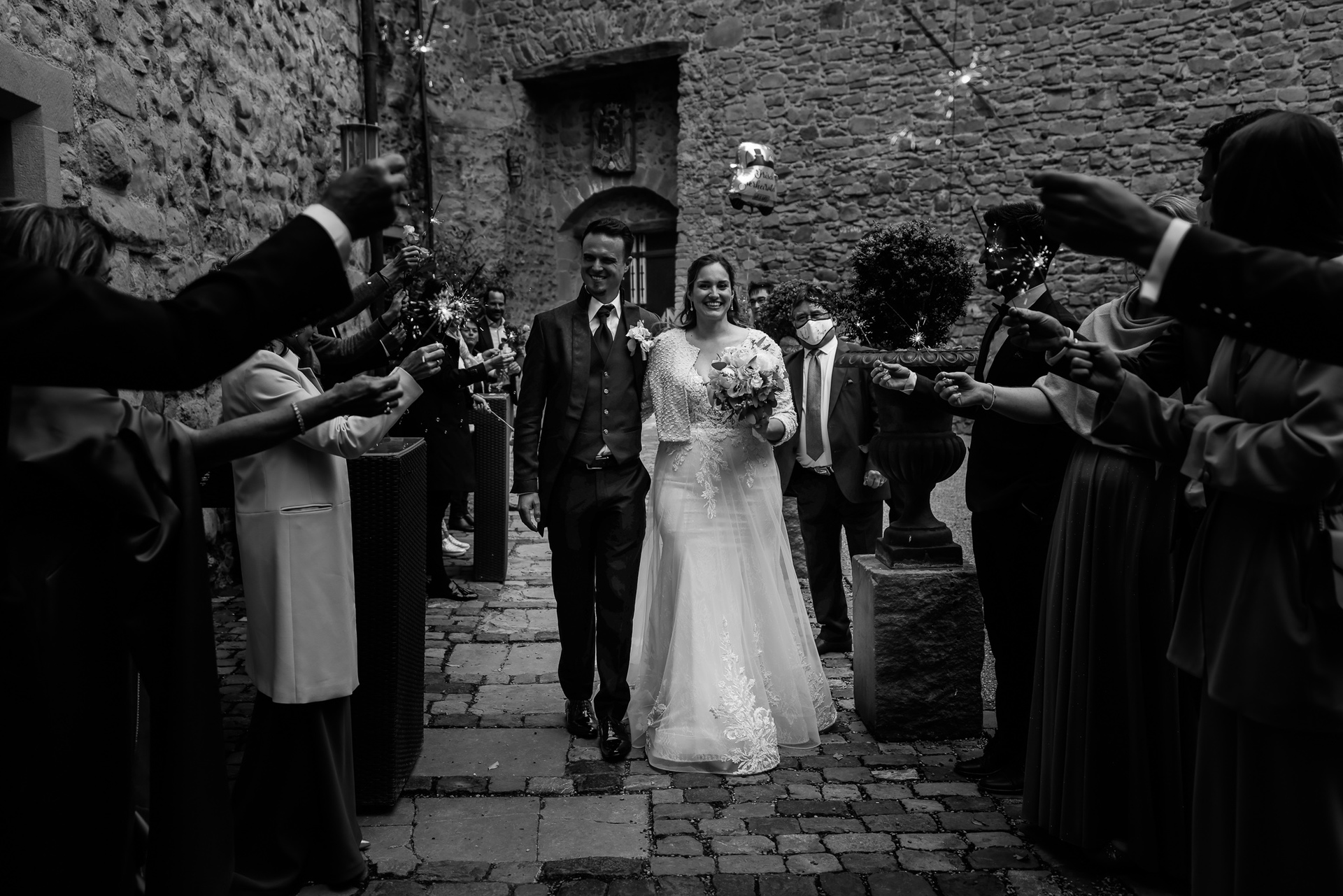 Romantic Wedding at Rapperswil Castle | miracle candles in order to congratulate the couple