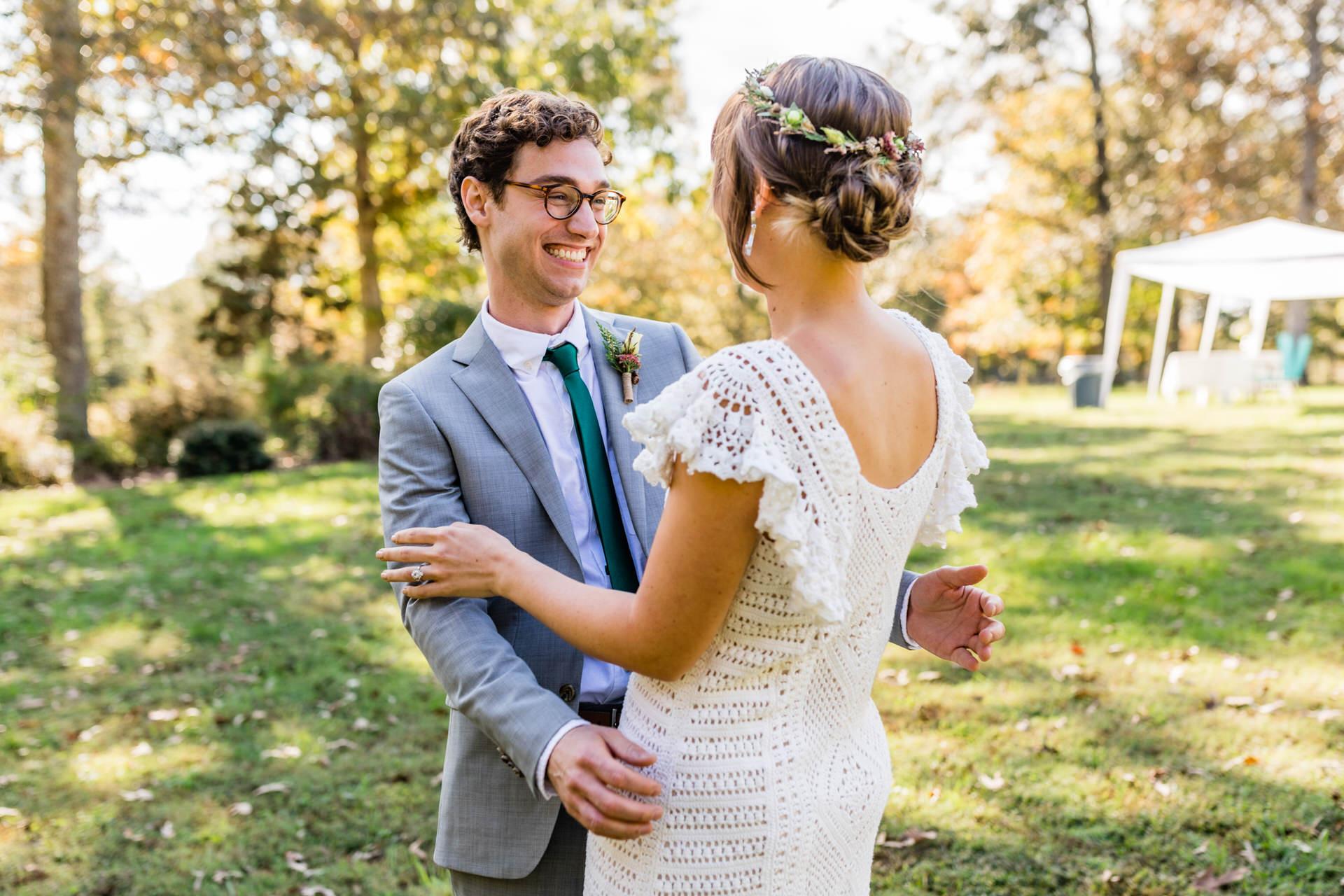 Backyard, Charlottesville Wedding Photographer | an impromptu first look