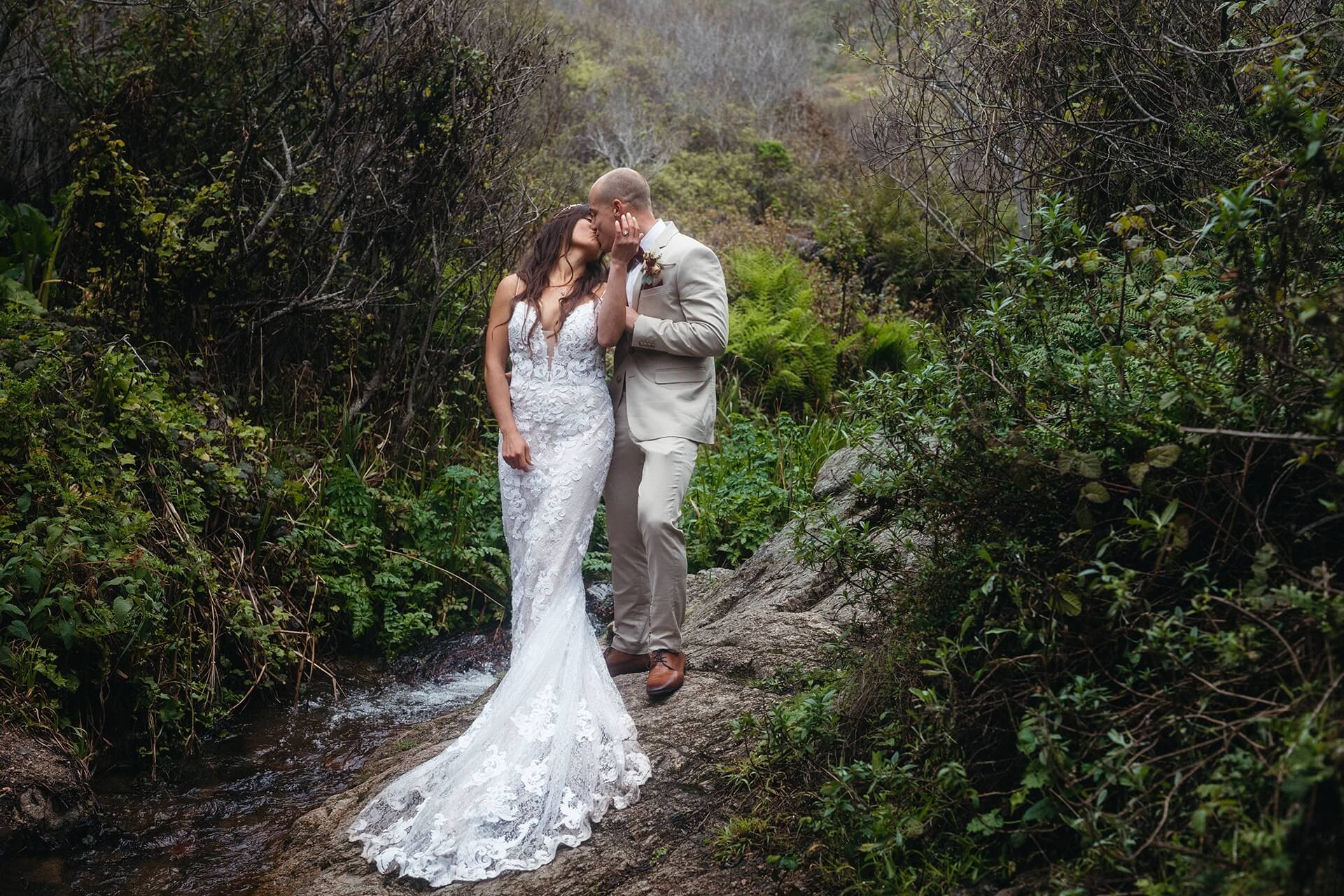 Big Sur - CA Destination Wedding Photographer   Just married and finally alone