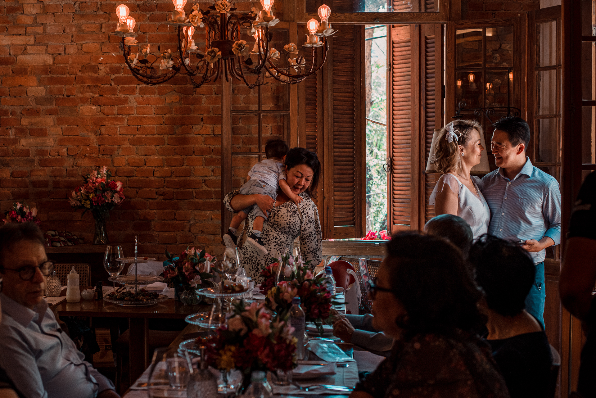 Best Sao Paulo, Brazil Wedding Photography | After lunch, a candid minute of the couple
