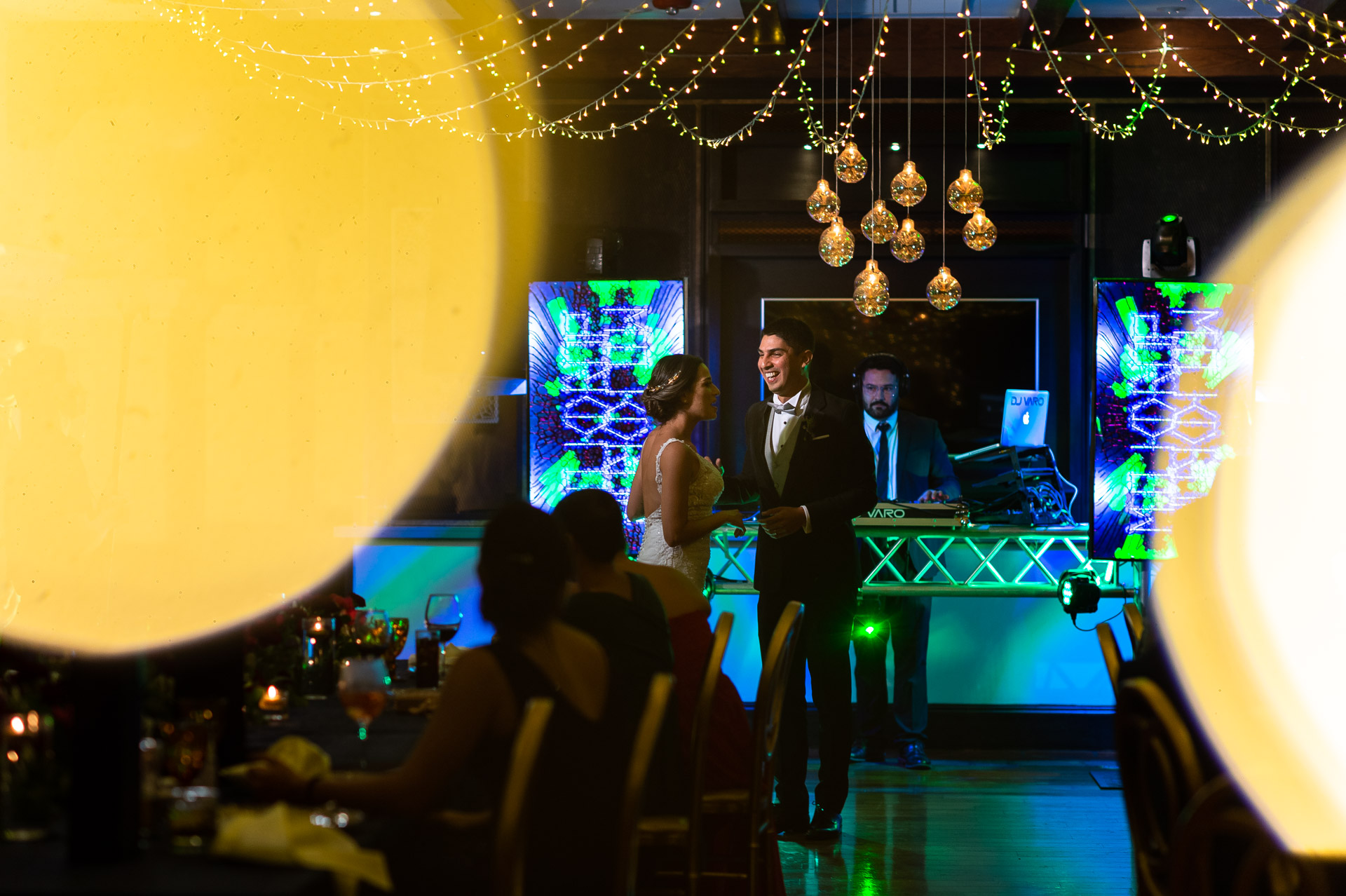 Best Wedding Photographer for Costa Rica Venues | having their first dance together