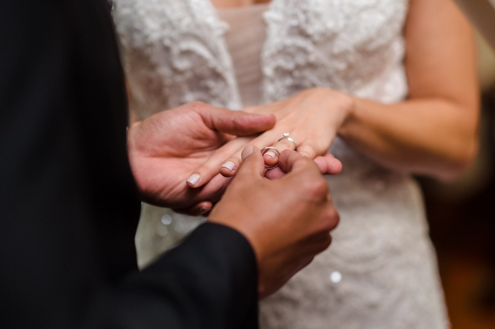 Costa Rica Wedding Photography Professionals | wedding ring goes on her finger