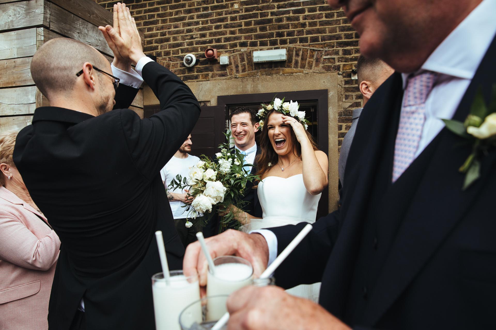 婚禮圖像 - 在婚禮上創建具有層次和深度的複雜照片。