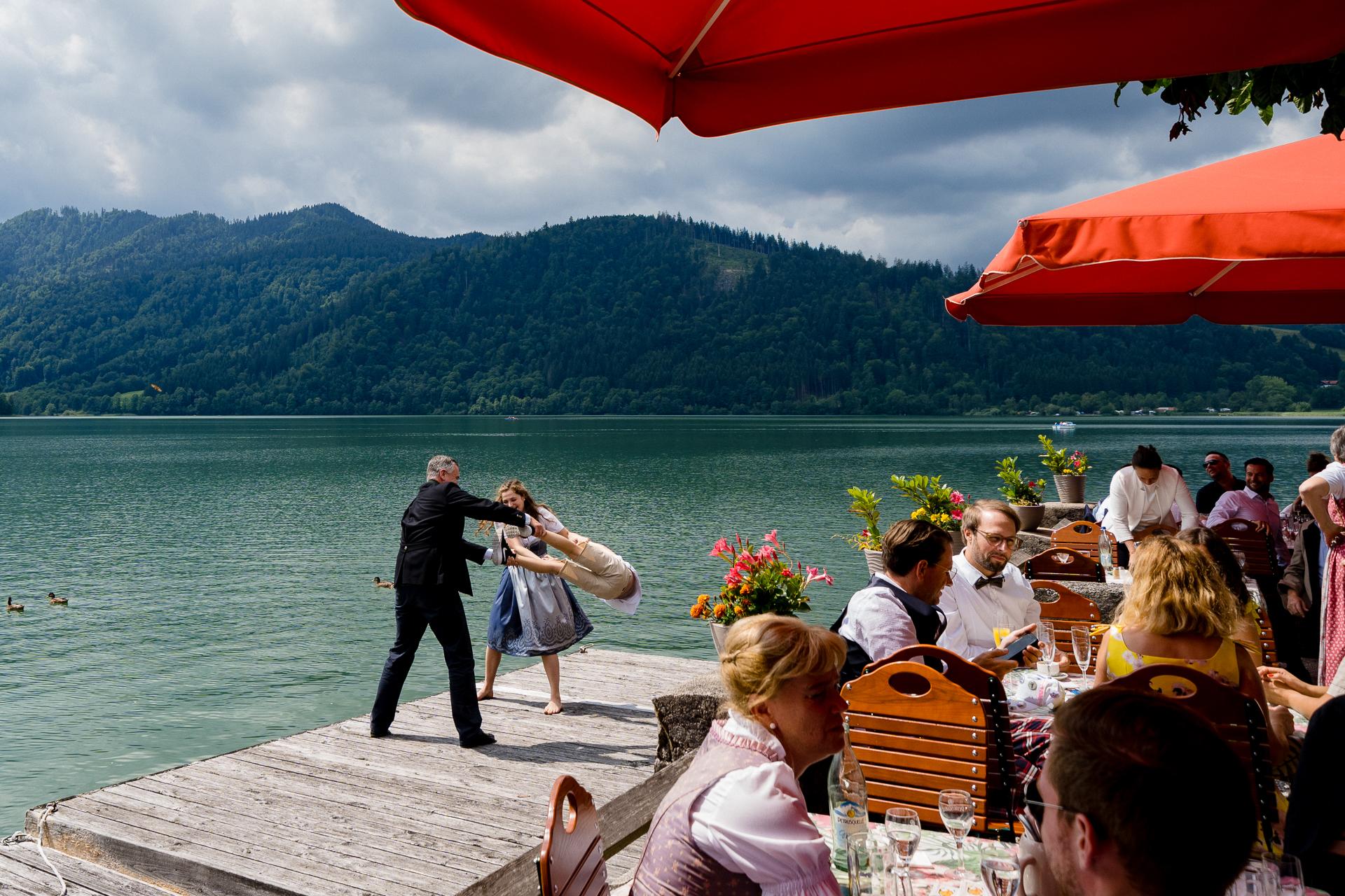 Tobias Löhr, of Hessen, is a wedding photographer for Standesamt Schliersee